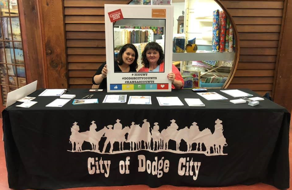 Blanca Soto and Tammy West share information about the 2020 census during an event in February at Eryn's Downtown Center in Dodge City. (Kansas Appleseed)