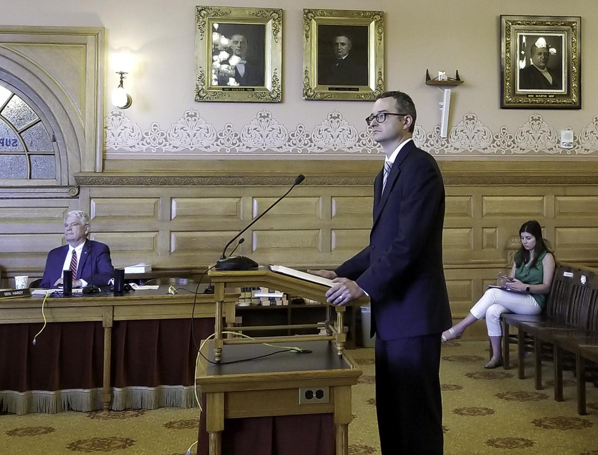 Federal prosecutor, former senator support governor's do-over for Kansas appeals court pick