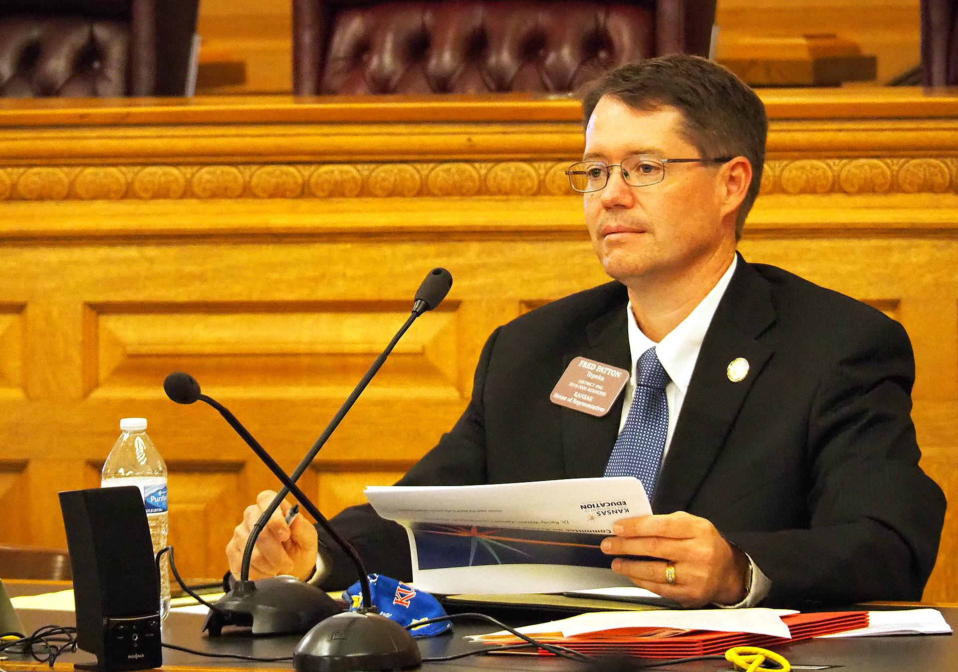 Kansas legislators weigh bills increasing penalties for stalking minors, sexual extortion
