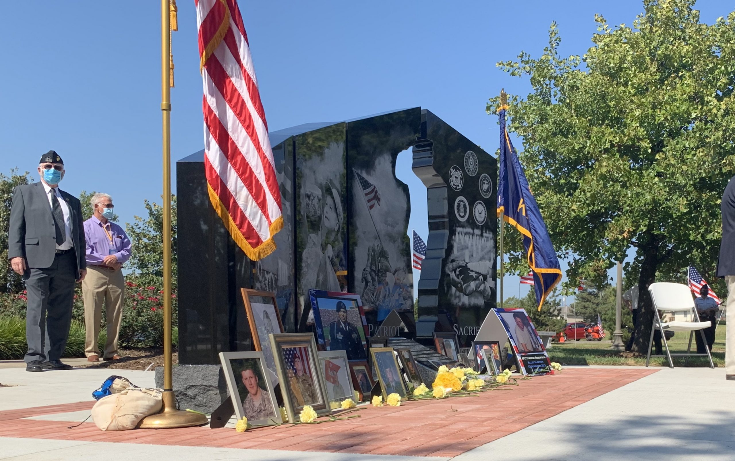 Olathe monument recognizes families of those who lost lives in military service