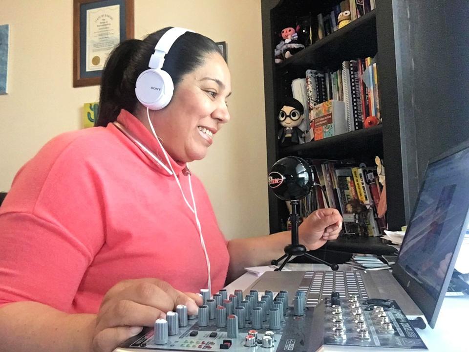 Latino Kansans work to fill Spanish-speaking news media and information gap