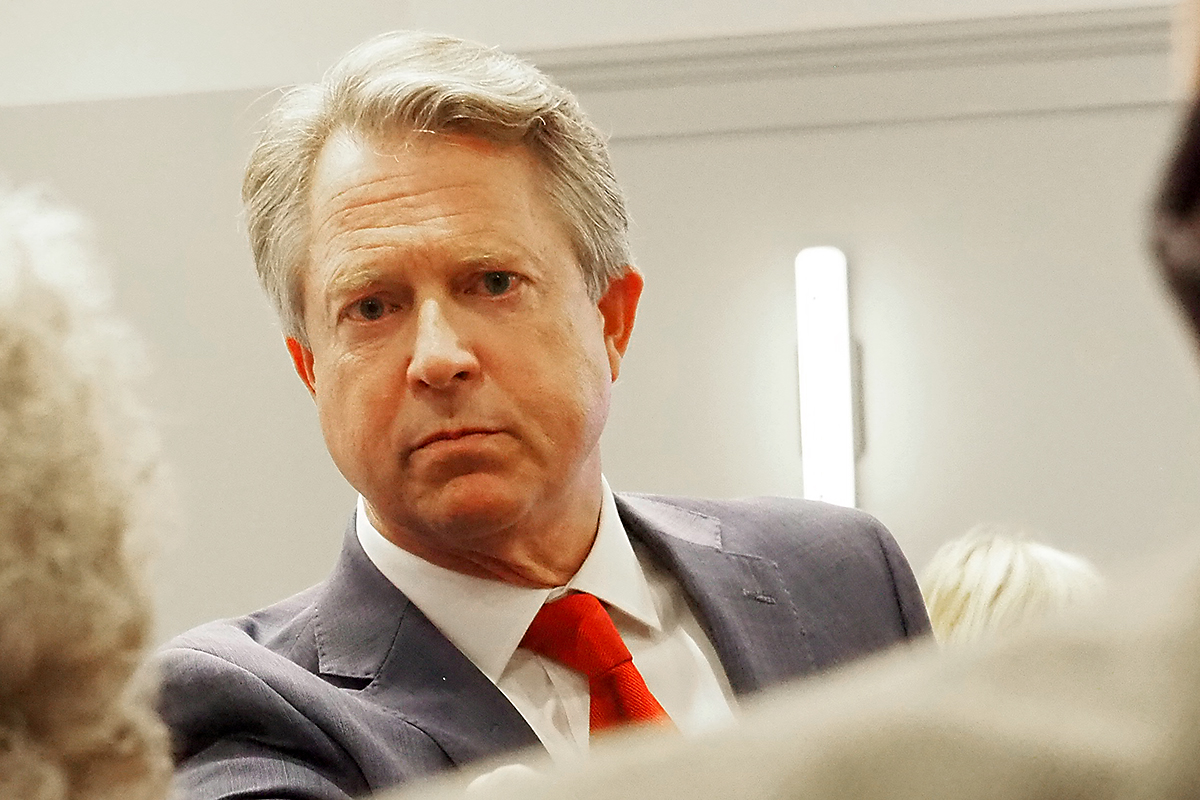 Marshall seeks ties with farm-state Democrats on Senate agriculture panel