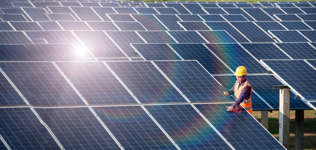 Evergy scales back plans to add solar power by 2024, will keep Lawrence plant partially open