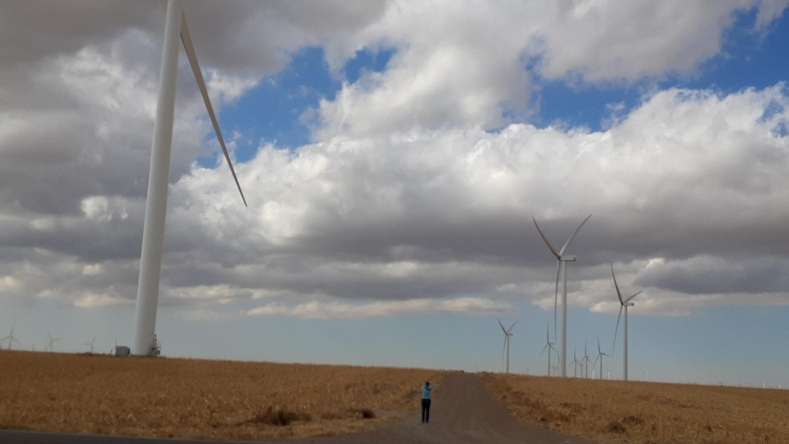 Wind energy advocates argue Senate bill pulls plug on growth in $14B industry in Kansas