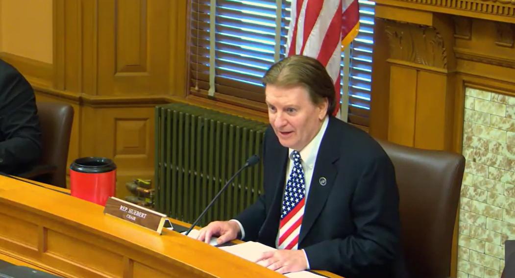 Rep. Huebert dials up math lesson to sell idea of high school civics test mandate
