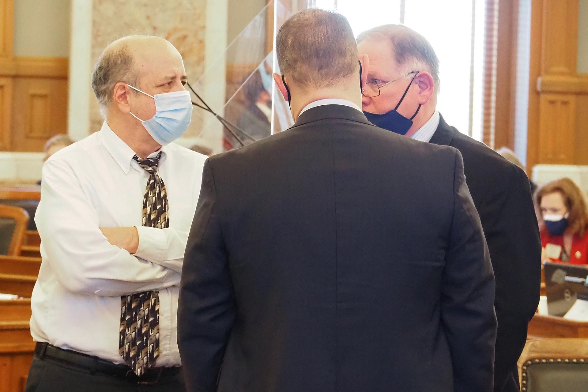 Kansas GOP-controlled legislative council spikes Kelly's refreshed mask mandate